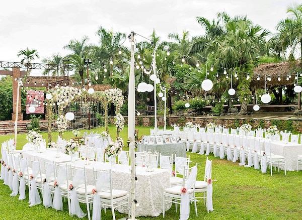 Tổ chức tiệc cưới ở ngoài trời giá rẻ 1