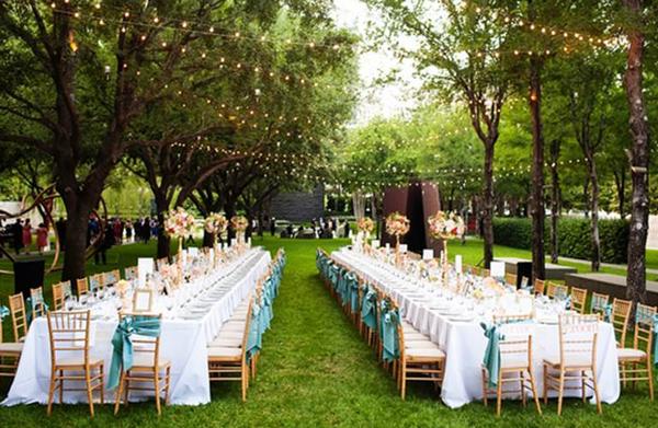 Tổ chức tiệc cưới ở ngoài trời giá rẻ 3